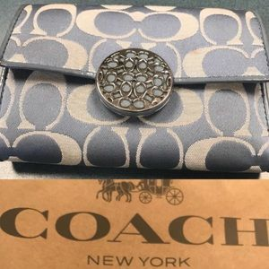Previously loved ❤️ Coach wallet